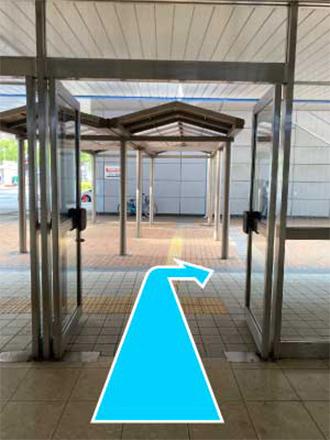 ⑦新幹線口(北口)より外に出ます。